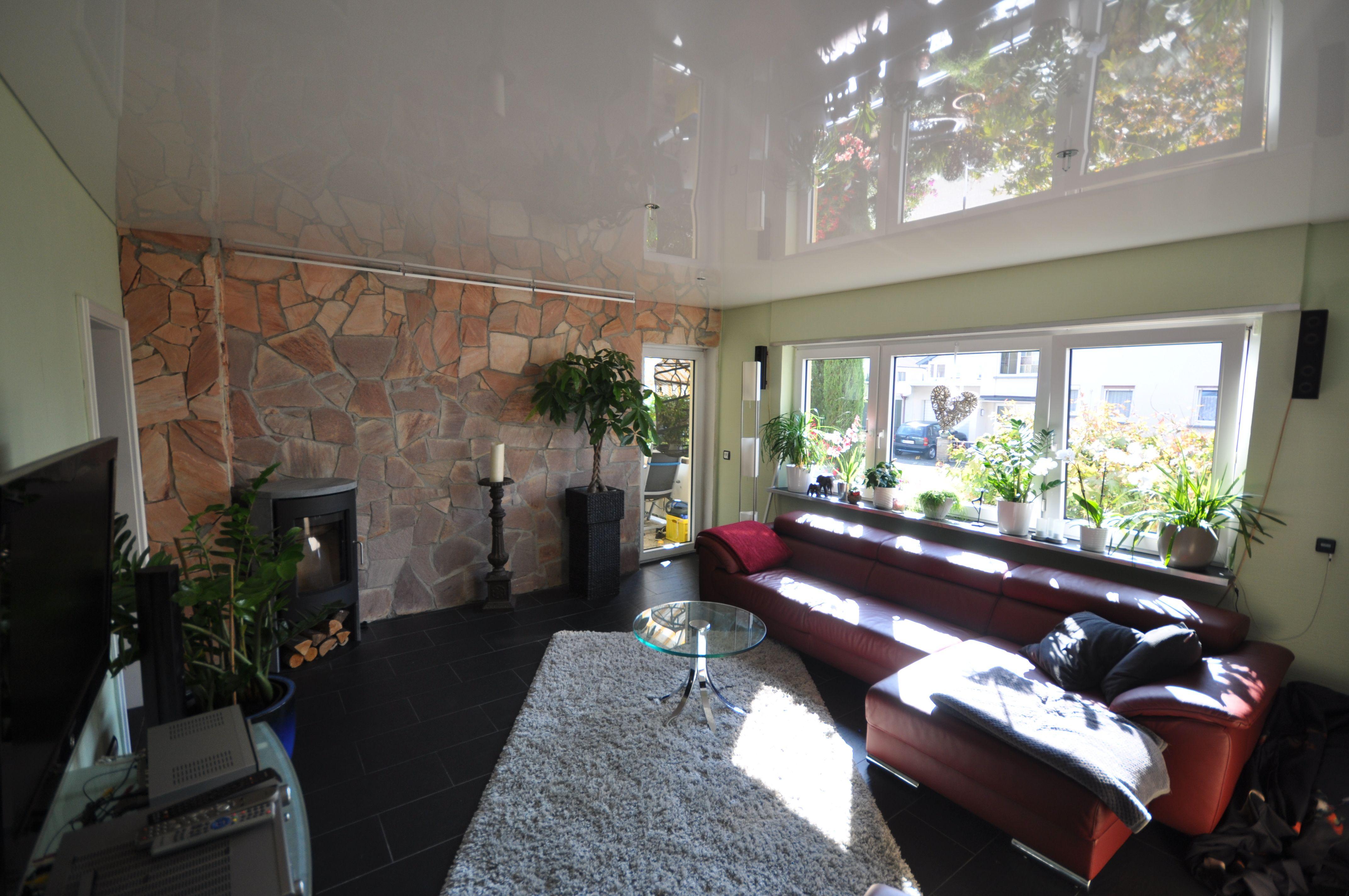 Wohnzimmer Renovieren ~ Spanndecke in weiß hochglanz #wohnzimmer#wohnen#renovieren