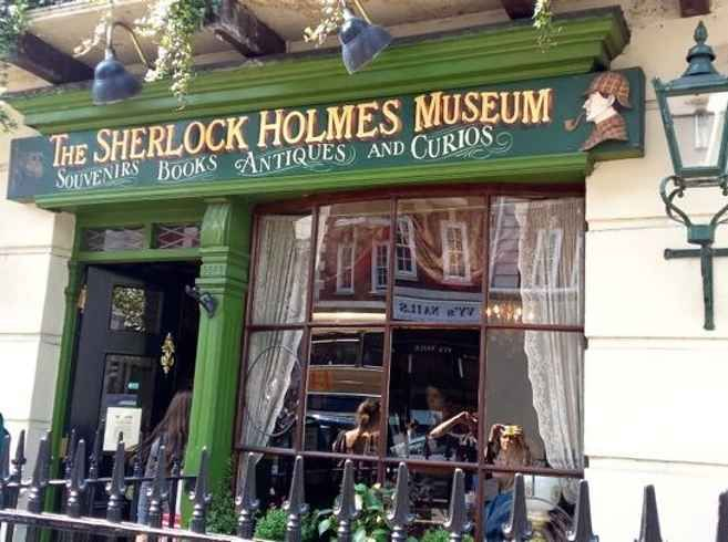 12 Literary Spots In London That Every Book Lover Needs To Visit. Ooh I want to go!