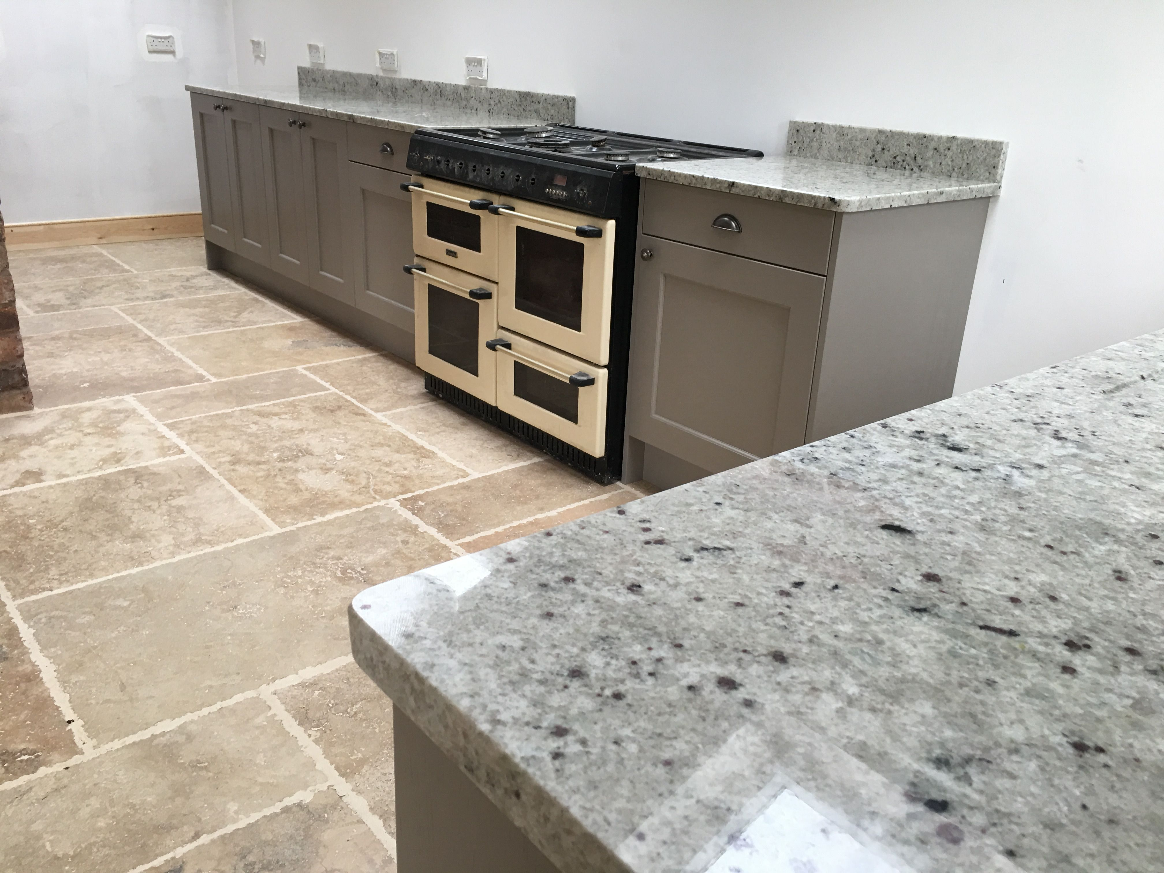 Colonial White Granite Kitchen Worktops Grey Countertops White