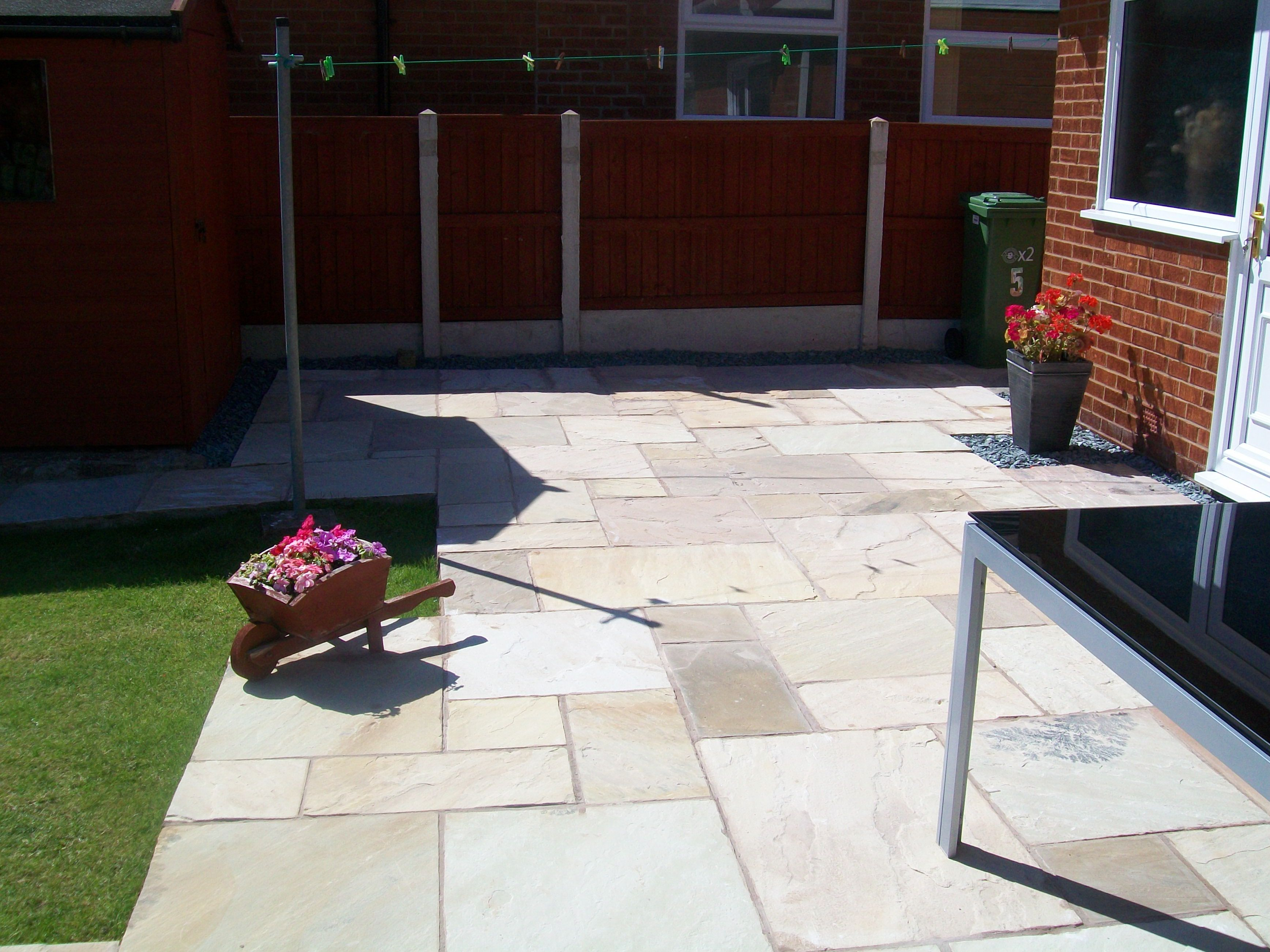 Pavestone Golden Fossil Natural Stone Paving