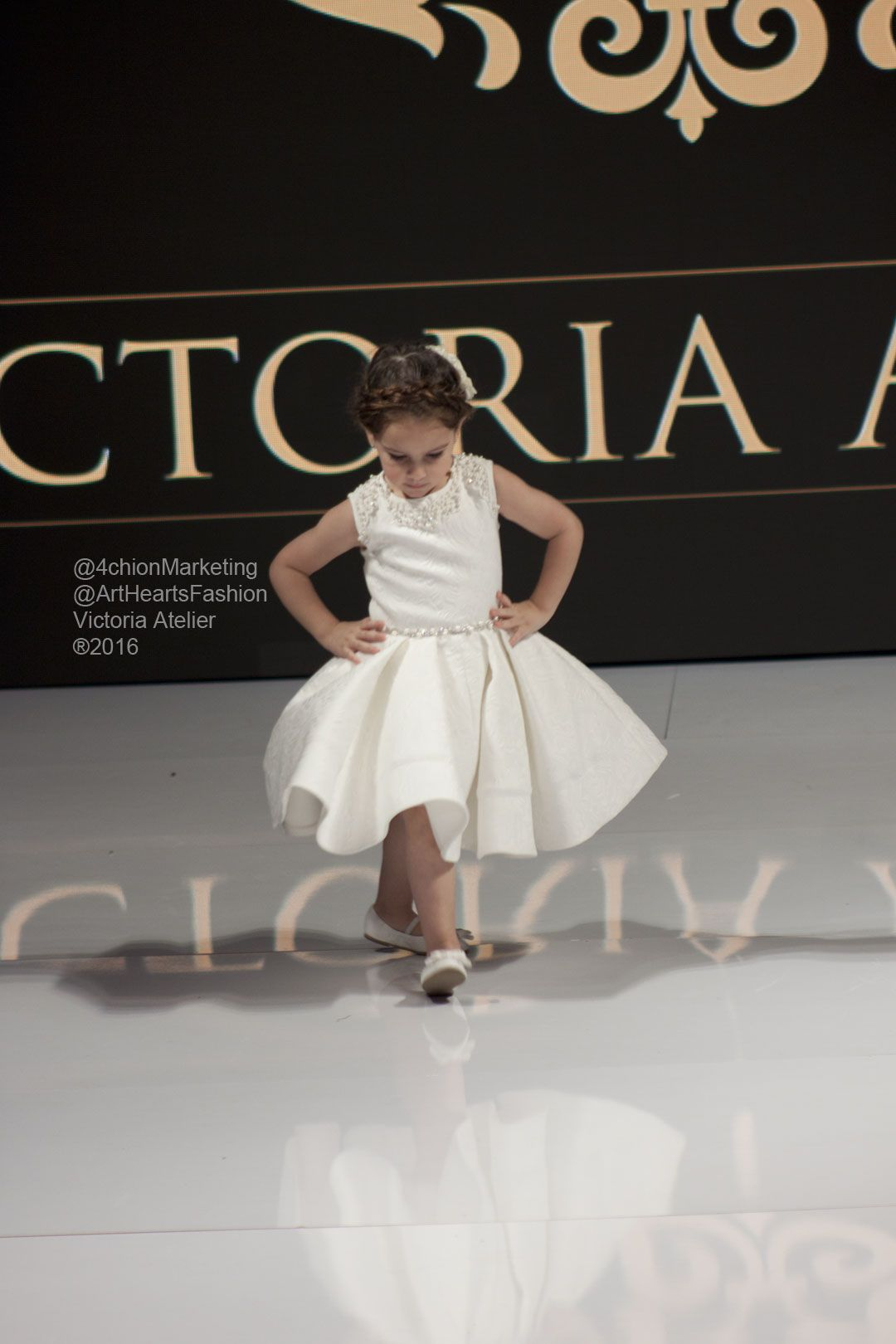 Victoria Atelier‬ at Art Hearts Fashion and  VH1 Save The Music Foundation ‪#‎kidmodel‬ ‪#‎kidfashion‬ ‪#‎clothing‬ ‪#‎runway‬ ‪#‎LAFW‬