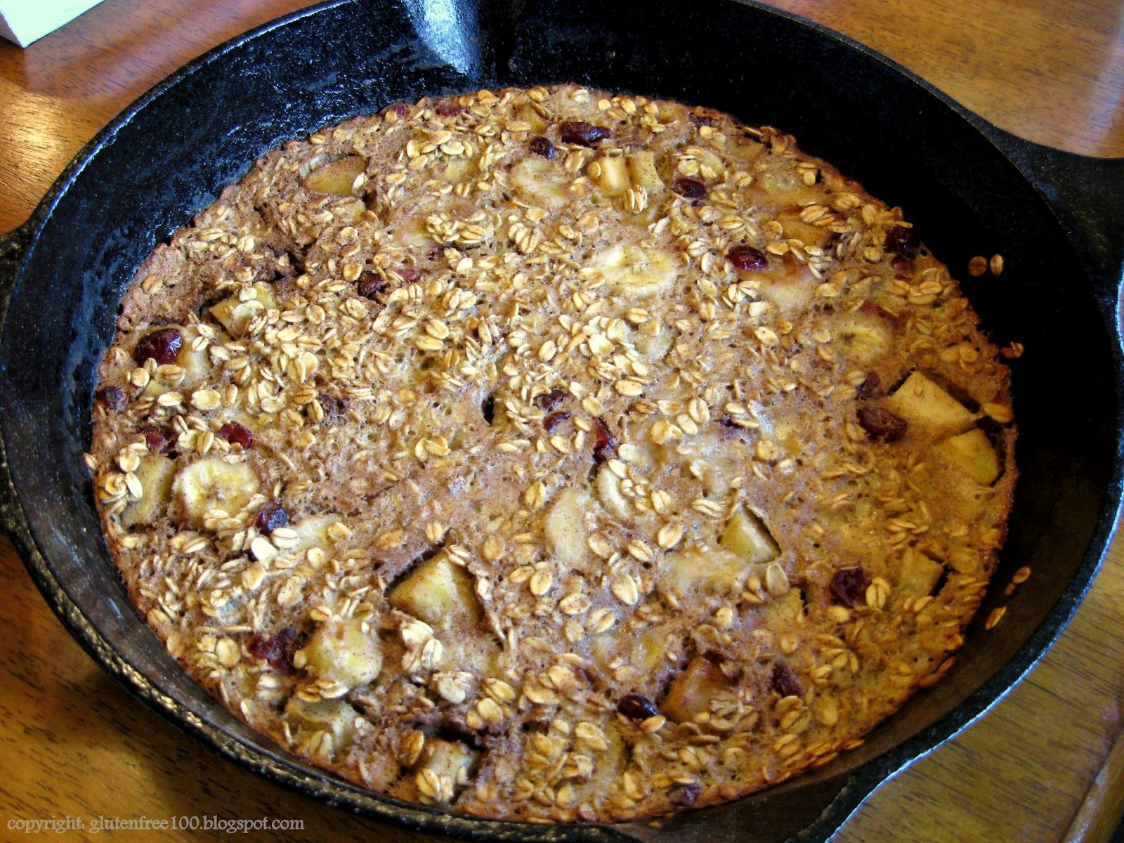 Gluten Free Iron Skillet Baked Oatmeal with Apples & Bananas Recipe