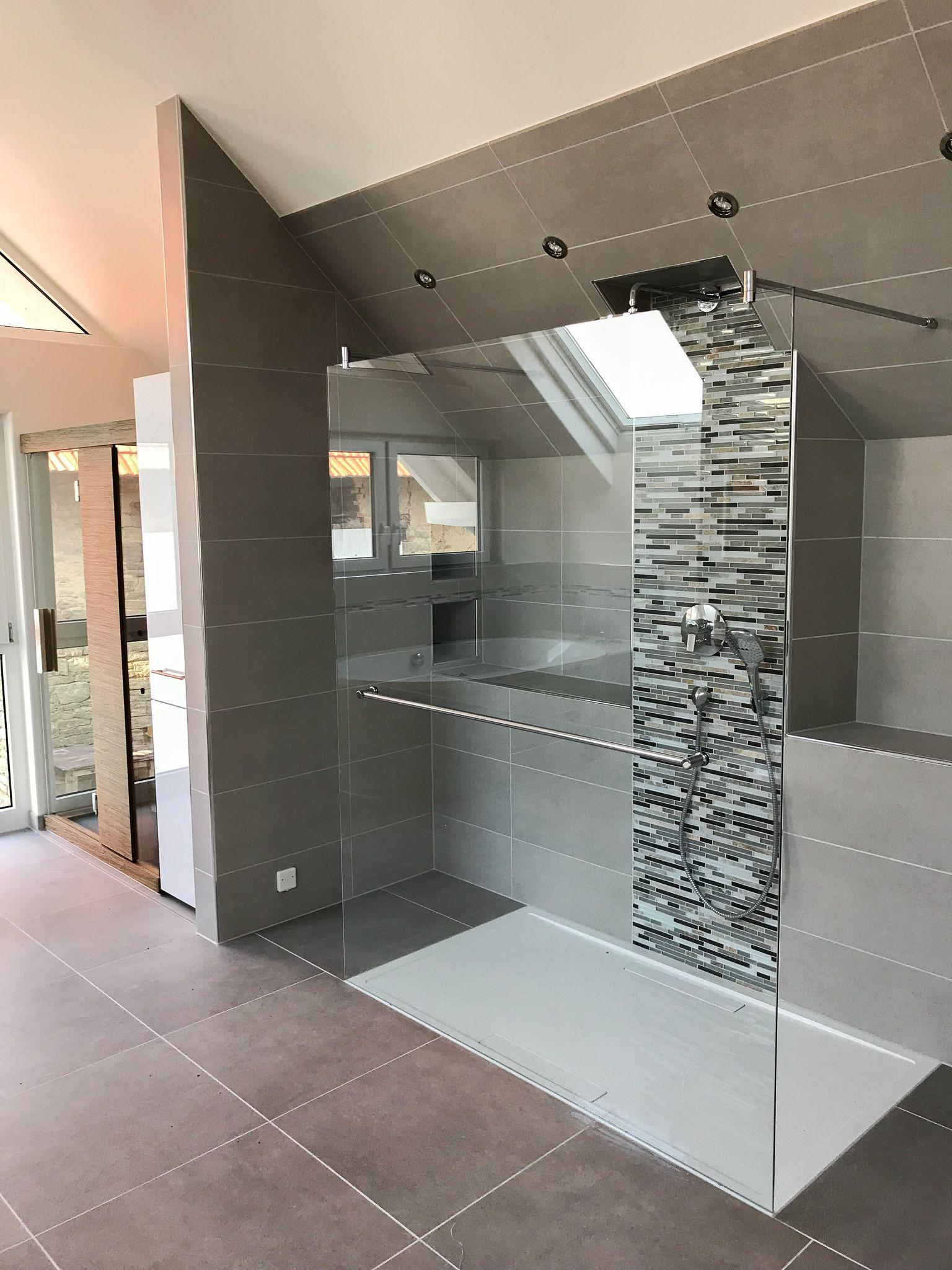 Walk In Shower Inspiration Jetzt 15 Beispiele Für Perfekt Gelöste Badezimmer Badezimmer Neu Gestalten Glasduschen Dusche Schiebetür
