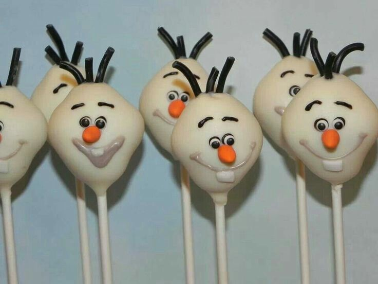 Not as accurately decorated as a professional but they still resemble Olaf better than mine could ever! Olaf Cake pops!