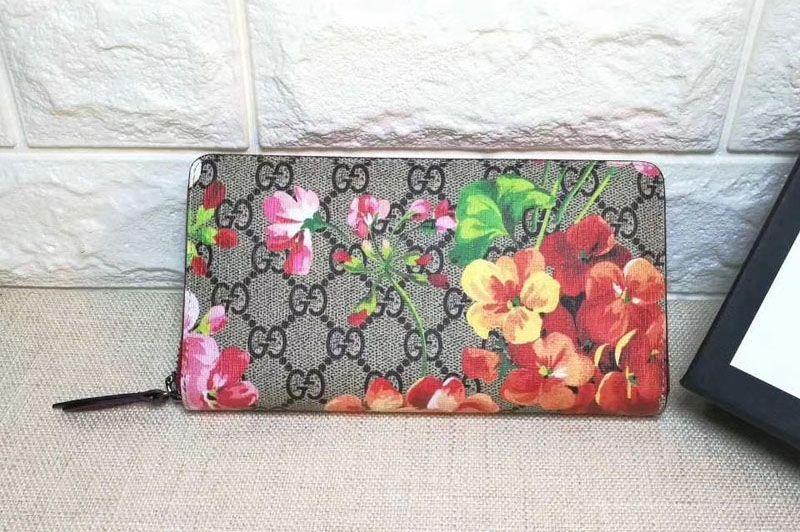 5416adf83 Replica Gucci 404071 GG Blooms Supreme Canvas Chain Wallet … Continue  reading →