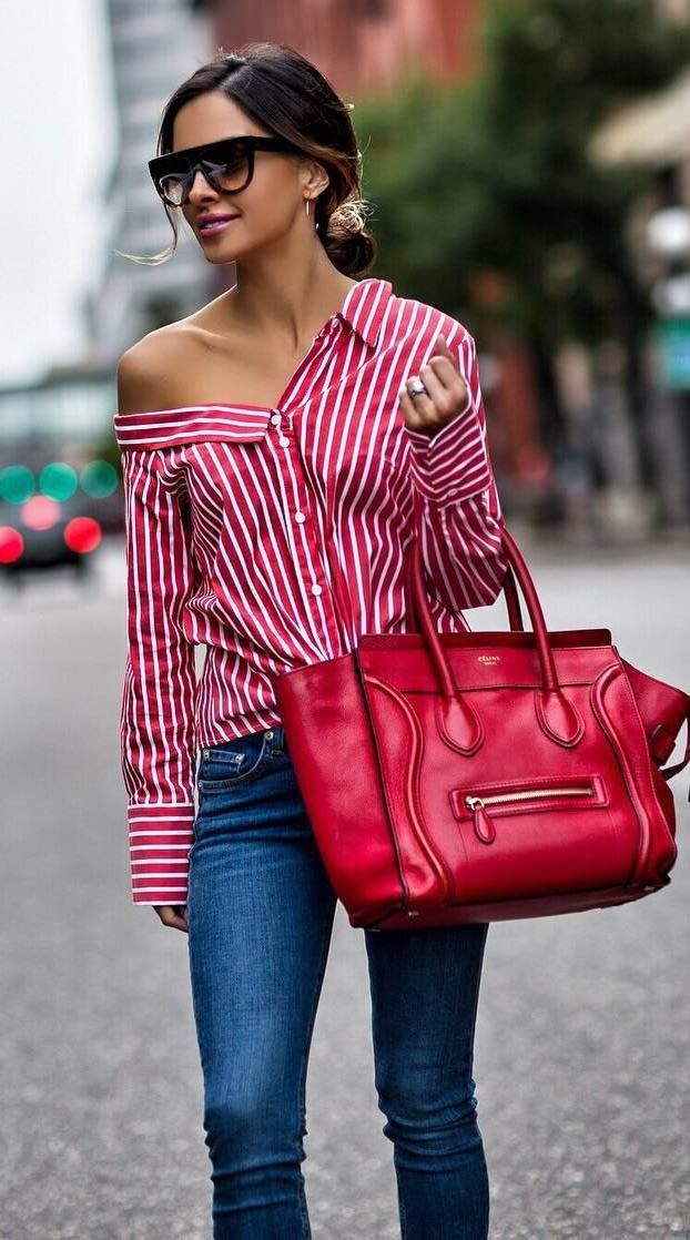3ec245599dd how to wear a stripped shirt   red bag + skinnies