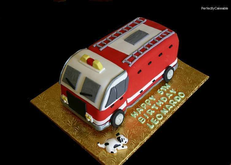 Firetruck Cake Party Time Pinterest Trucks Cakes And Truck - Car engine birthday cake