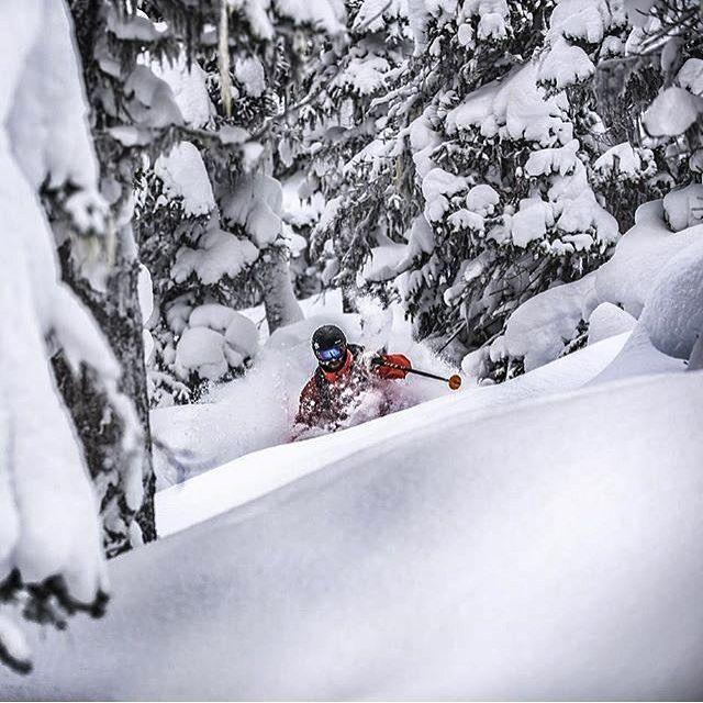 Instagram Repost Descente International Davegheriani Captured By Guyfattalphotography In The Run Up To The Ski Inspiration Whistler Blackcomb Alpine Skiing