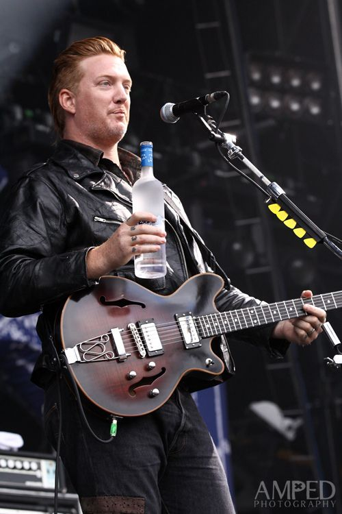 9c8c7379f Josh Homme. I finally saw him use an actual glass! Lol. (Queens of the  Stone Age)