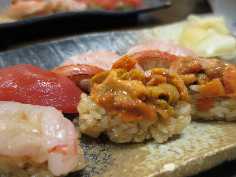 SUSHI(sea urchin) at Tsukiji in Tokyo  2014/05