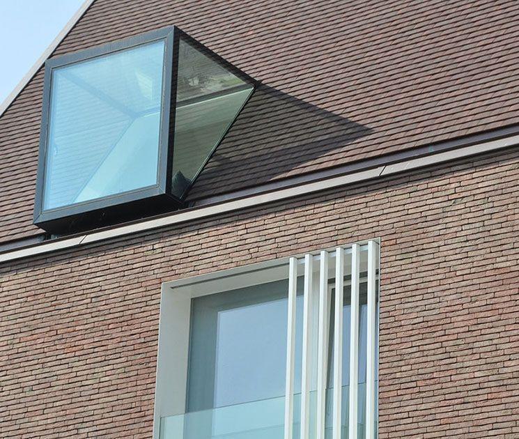 Zonnekemeers Sint Jan In 2020 Dachgauben Architektur Ziegelsteine