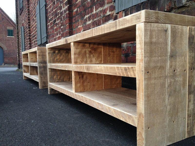 bauholz sideboard lowboardtv mbel von linnards handgefertigte bauholzmbel auf dawandacom - Tv Schrank Selber Bauen