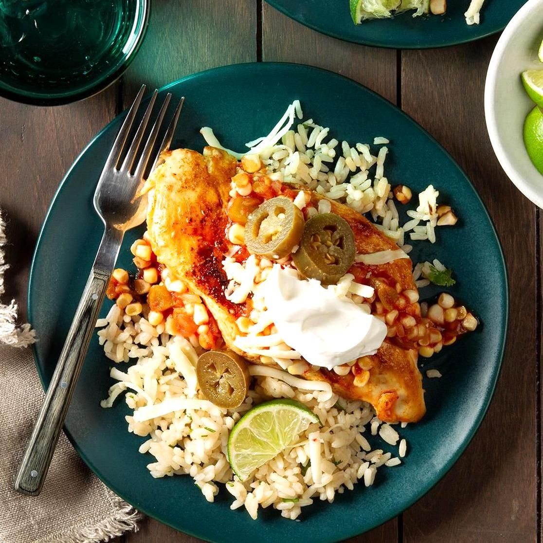 Southwest Smothered Chicken Recipe Taste Of Home In 2020 Tasty Chicken Dishes Smothered Chicken Poultry Recipes