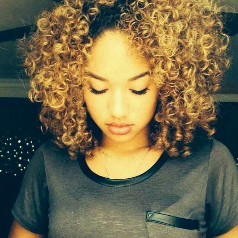 lookin model curly hair