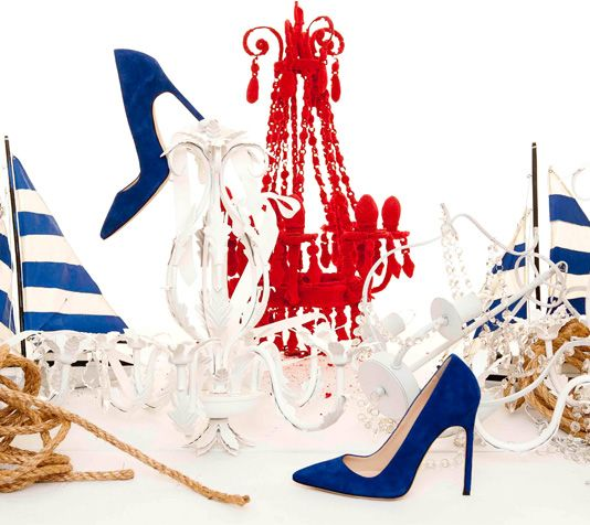 manolo blahnik- Inspiration for Drawing composition