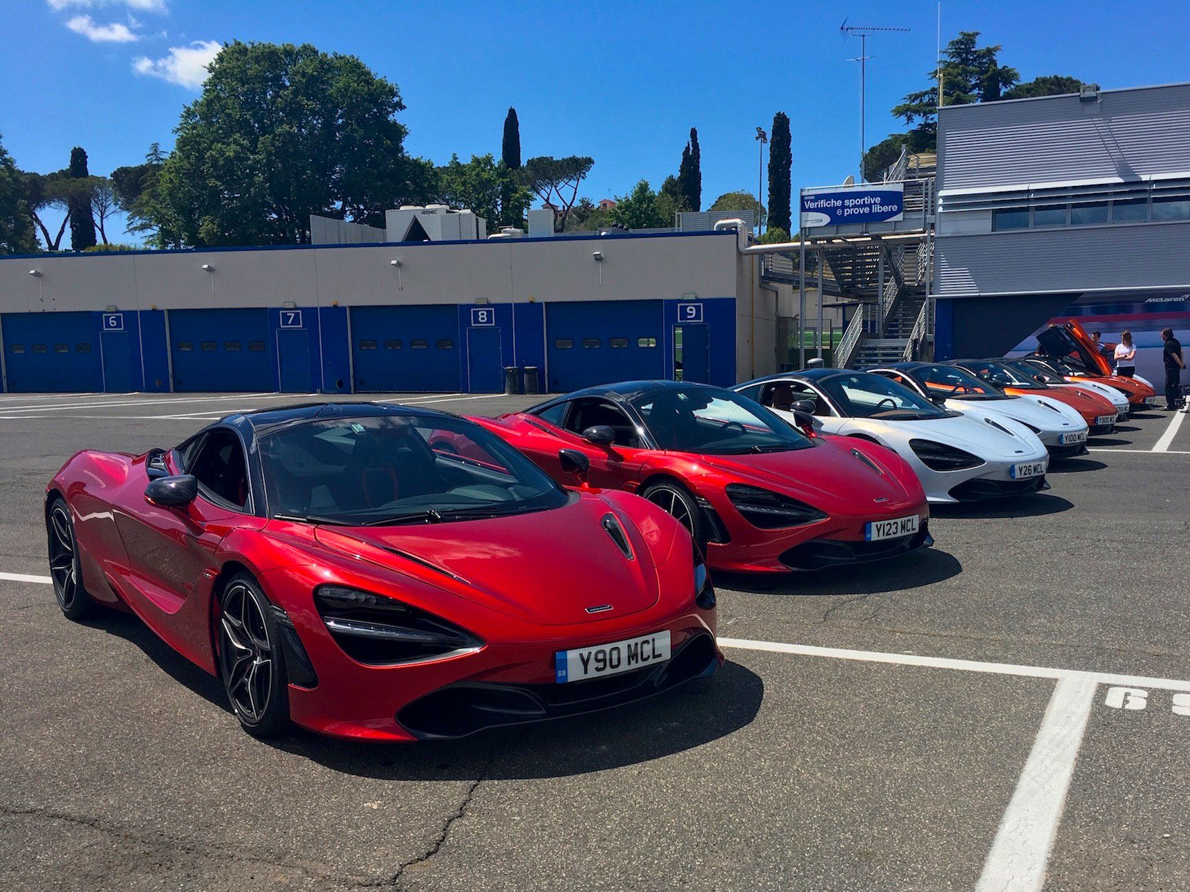 Mclaren 720s Supercar Review Pictures Supercar Design Super Cars Ferrari 2017