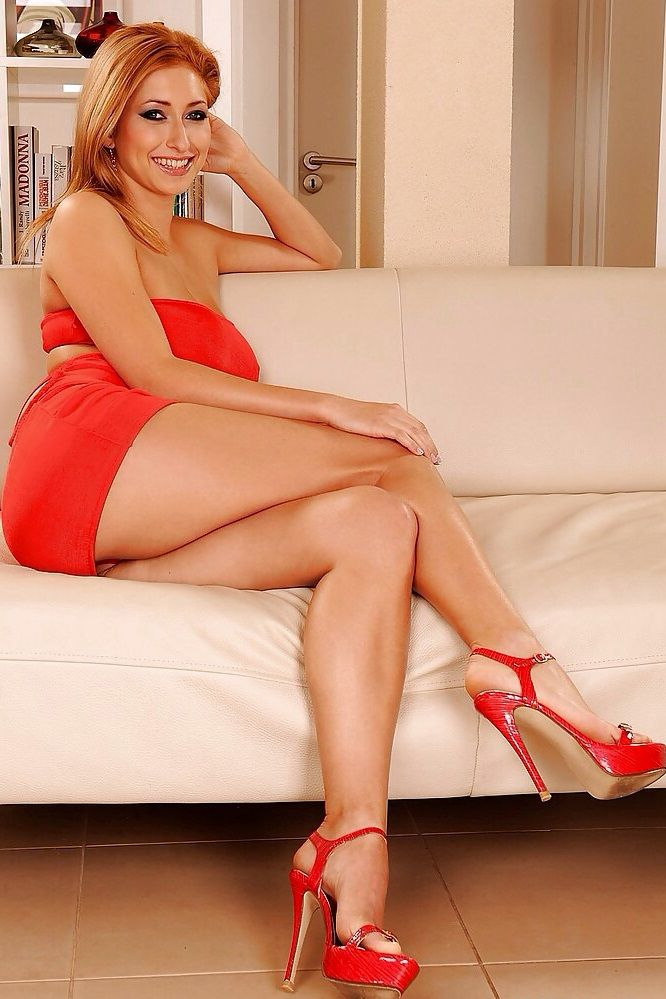 Sexy Mature In High Heels