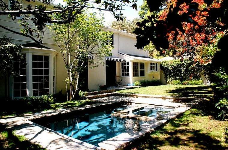Petit jardin avec piscine pour un été rafraîchissant | Pool