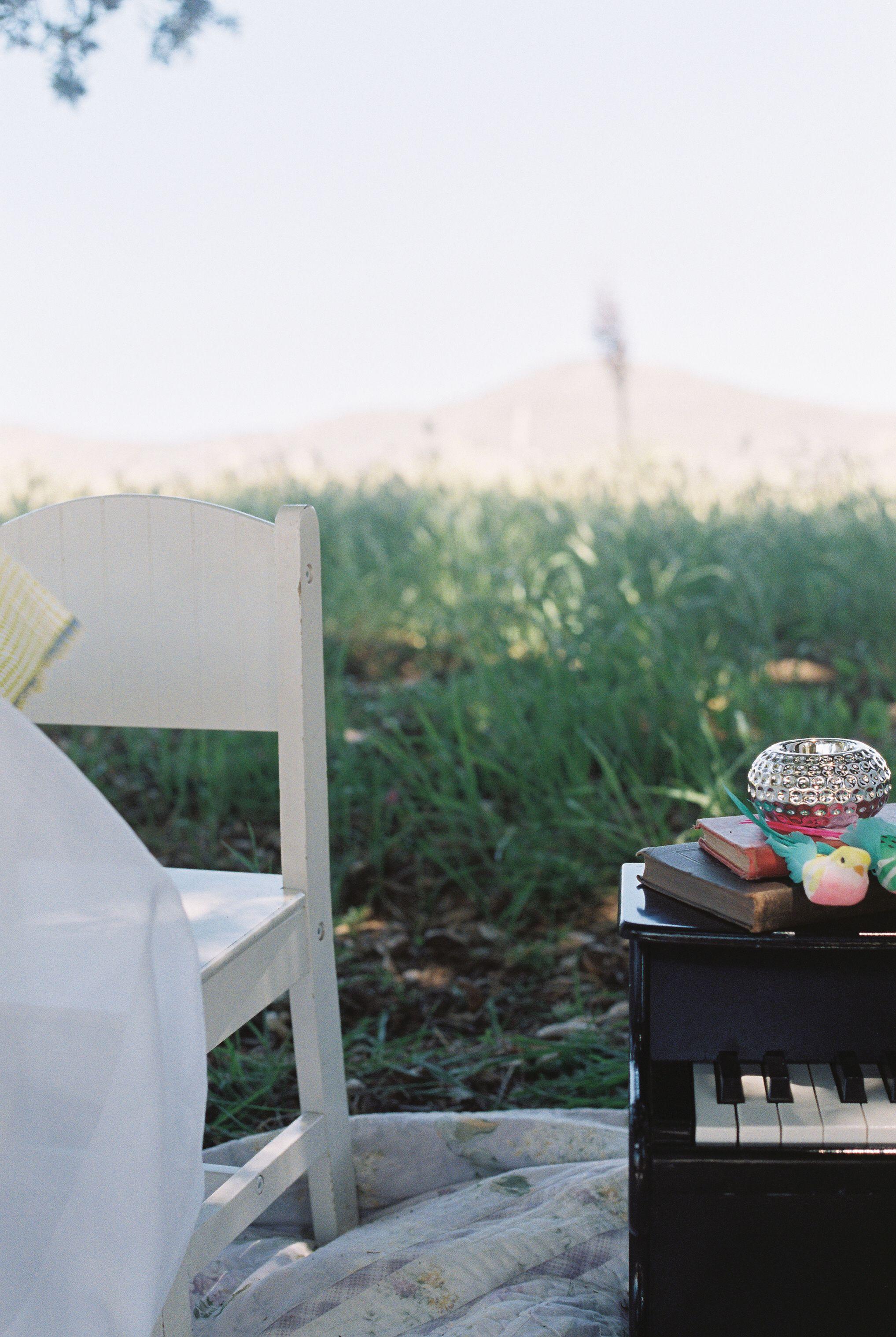 DIY Children's Easter Tea Photoshoot - Canon Ftb QT (50mm lens) 35mm Film Photography Fuji 400H