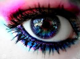 Preciosos ojos multicolor