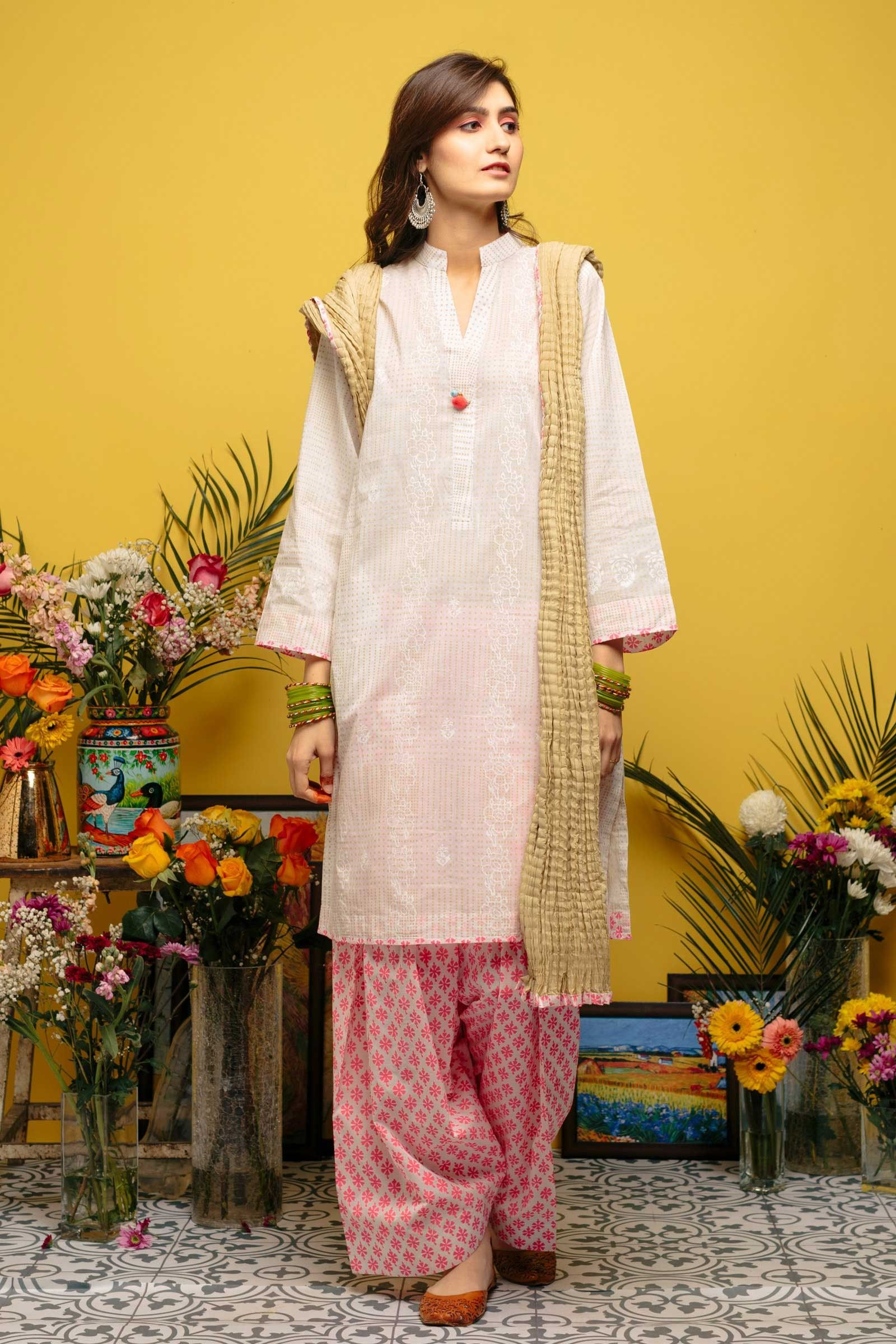 496ea971 Elegant white 3 piece reay to wear pret dress by Zara Shahjahan casual  collection 2018#wintercollection #blackfriday #readytowear #pretwear # unstitched ...