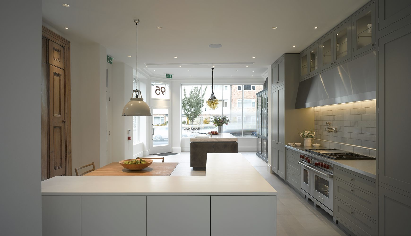 Storage drawers in roundhouse bespoke kitchen as seen in clapham ...