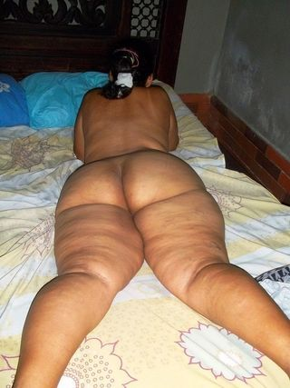 Fat lesbian hentai