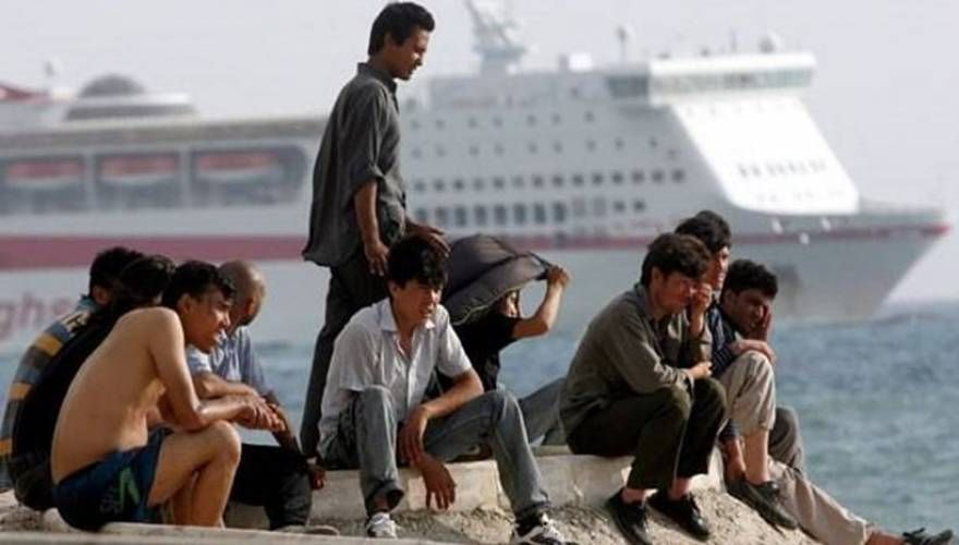 ΕΛΛΗΝΙΚΗ ΔΡΑΣΗ: Ένταση με λαθρομετανάστες και Λιμενικούς στην Κάλυ...