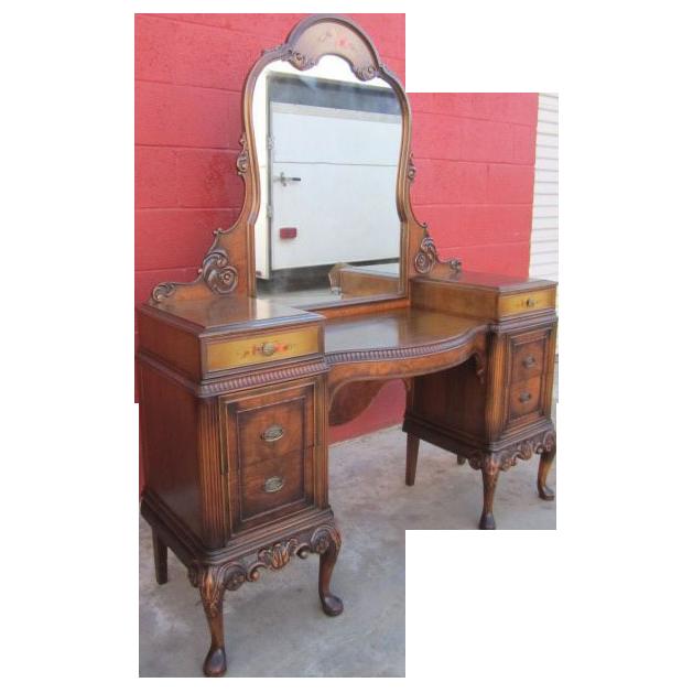 Exceptional Beautiful Berkey U0026 Gay Vanity With Mirror Vintage Furniture! This Lovely  Vanity Is Made Of