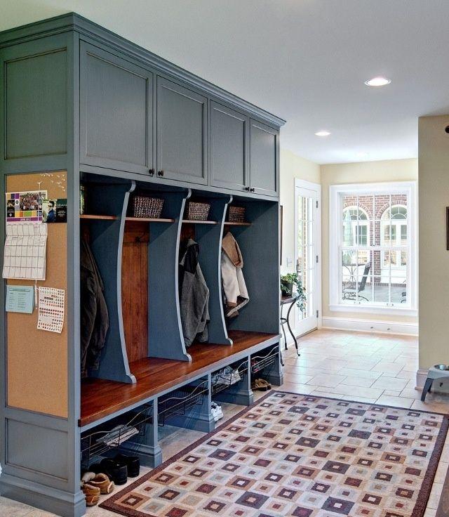 28 Elegant Traditional Entry Design Ideas Mudroom
