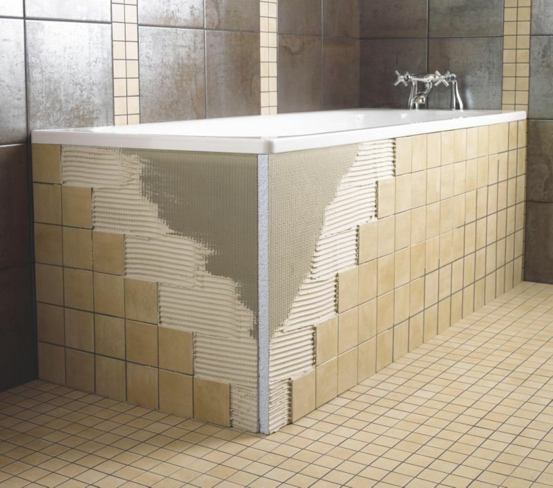 Badewannenverkleidung badezimmer ideen bathroom ideas pinterest badezimmer wanne and baden for Badezimmer fliesen tattoo