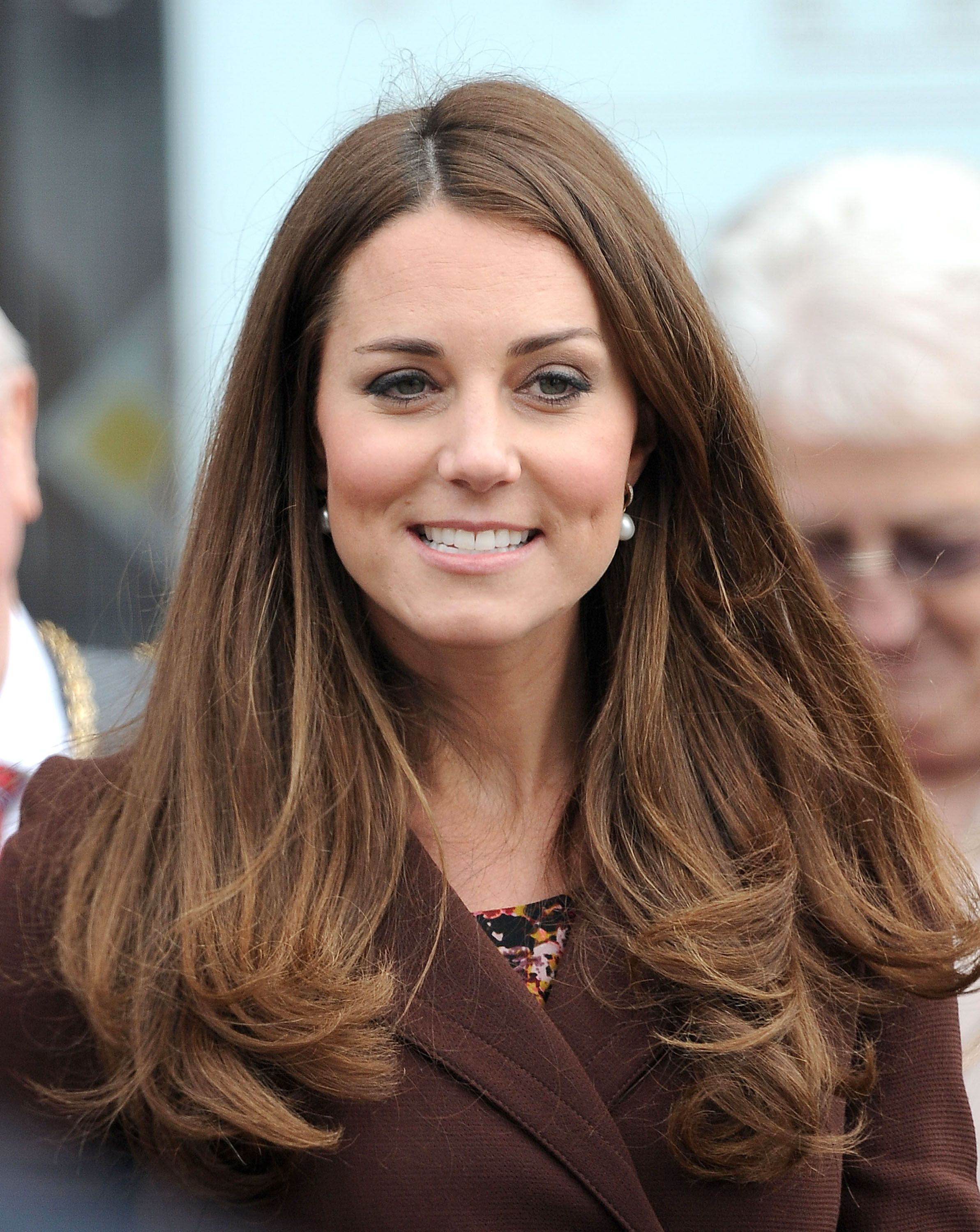 mid hair styles kate middleton at the fishing heritage centre 6593