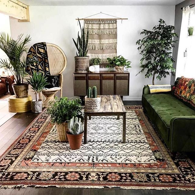 Our Last Attempt To Keep The Weekend Alive Bryant House Your Livingroom Makes Us Long To Keep The We Cozy Home Decorating Living Room Designs Decor