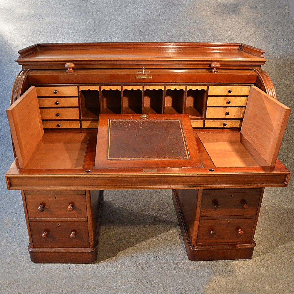 Antique Fine Victorian Writing Bureau Large English Cylinder Roll Top Desk  C1870 | 246225 | Sellingantiques.co.uk - Antique Fine Victorian Writing Bureau Large English Cylinder Roll