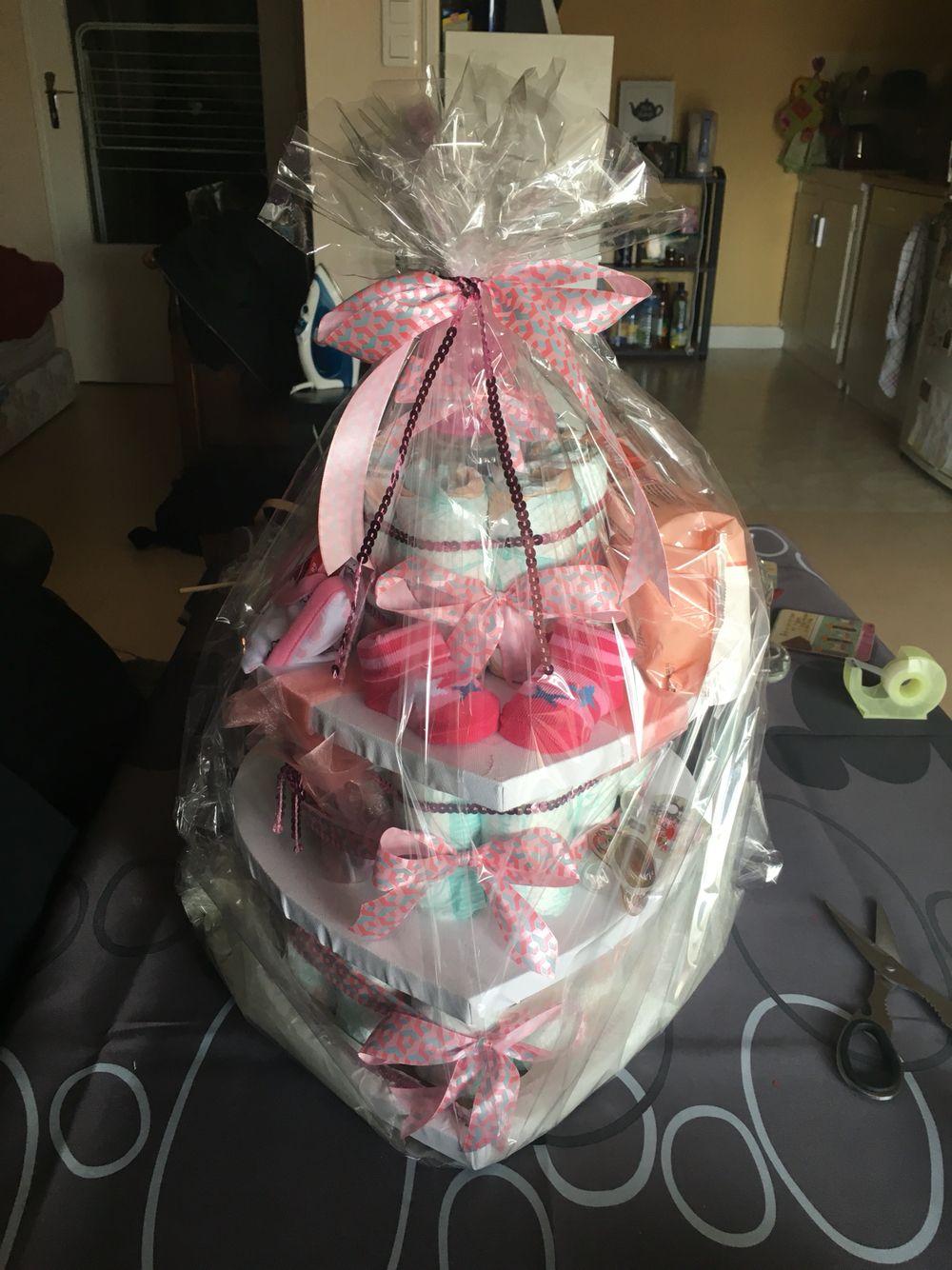 Baby Shower Cadeau Futur Maman gâteau de couches pour une future maman ! diapers cake for