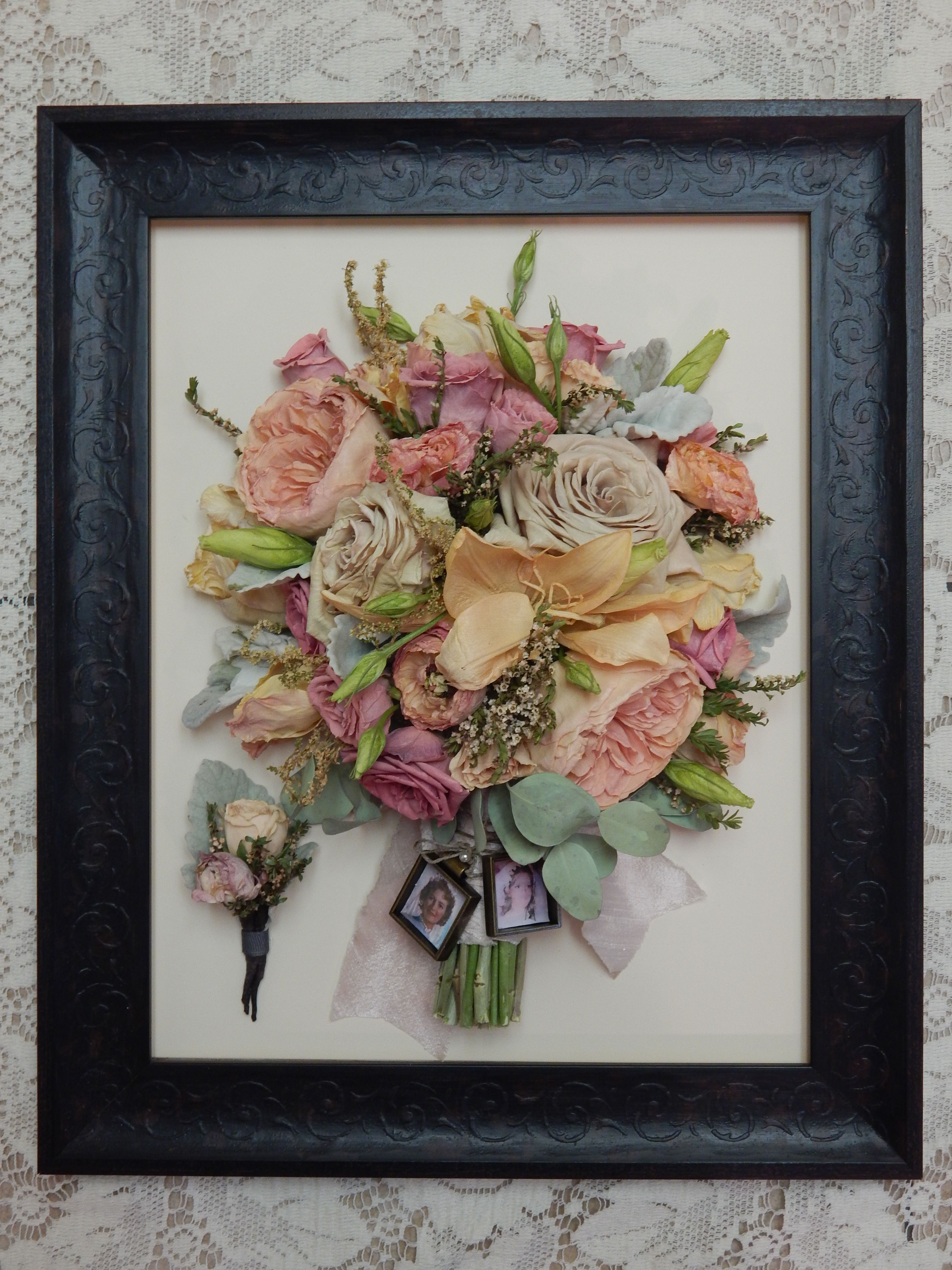 Love This Frame For Their Freeze Dried Bouquet Forgetmenevers