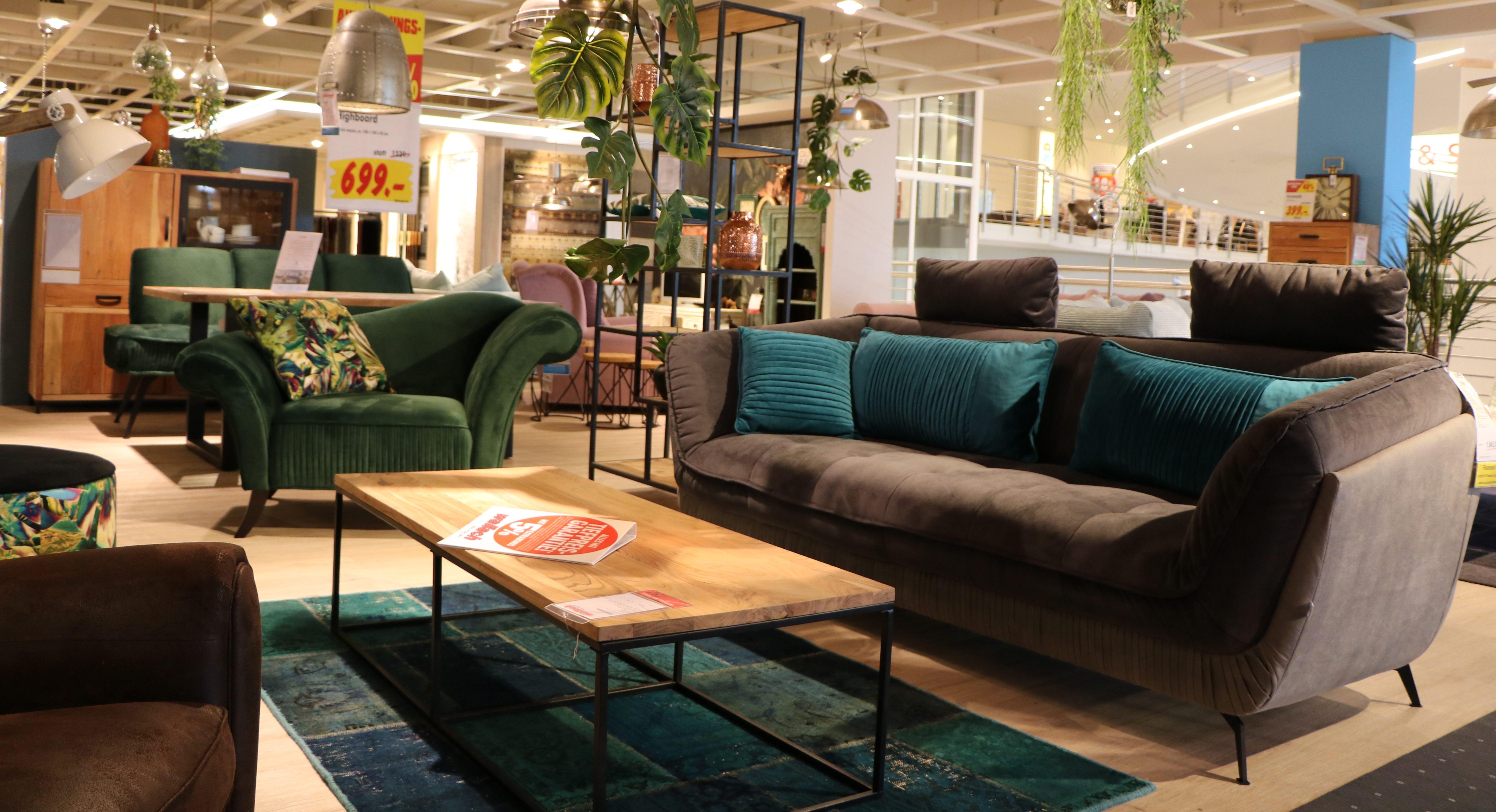 Wohnzimmer Sitzgruppe (Sofa und Sessel) in dunkelgrau mit petrol