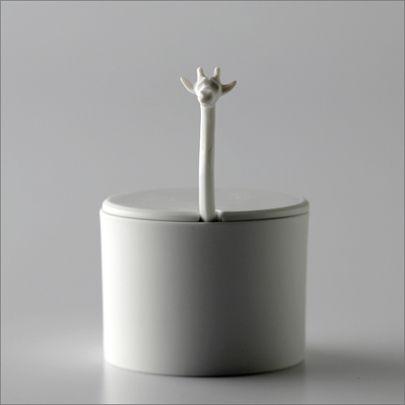 sugar bowl with giraffe spoon / mon cifaka