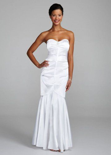 Davids Bridal Strapless Stretch Charmeuse Fit To Flare Skirt Wedding Dress 5999