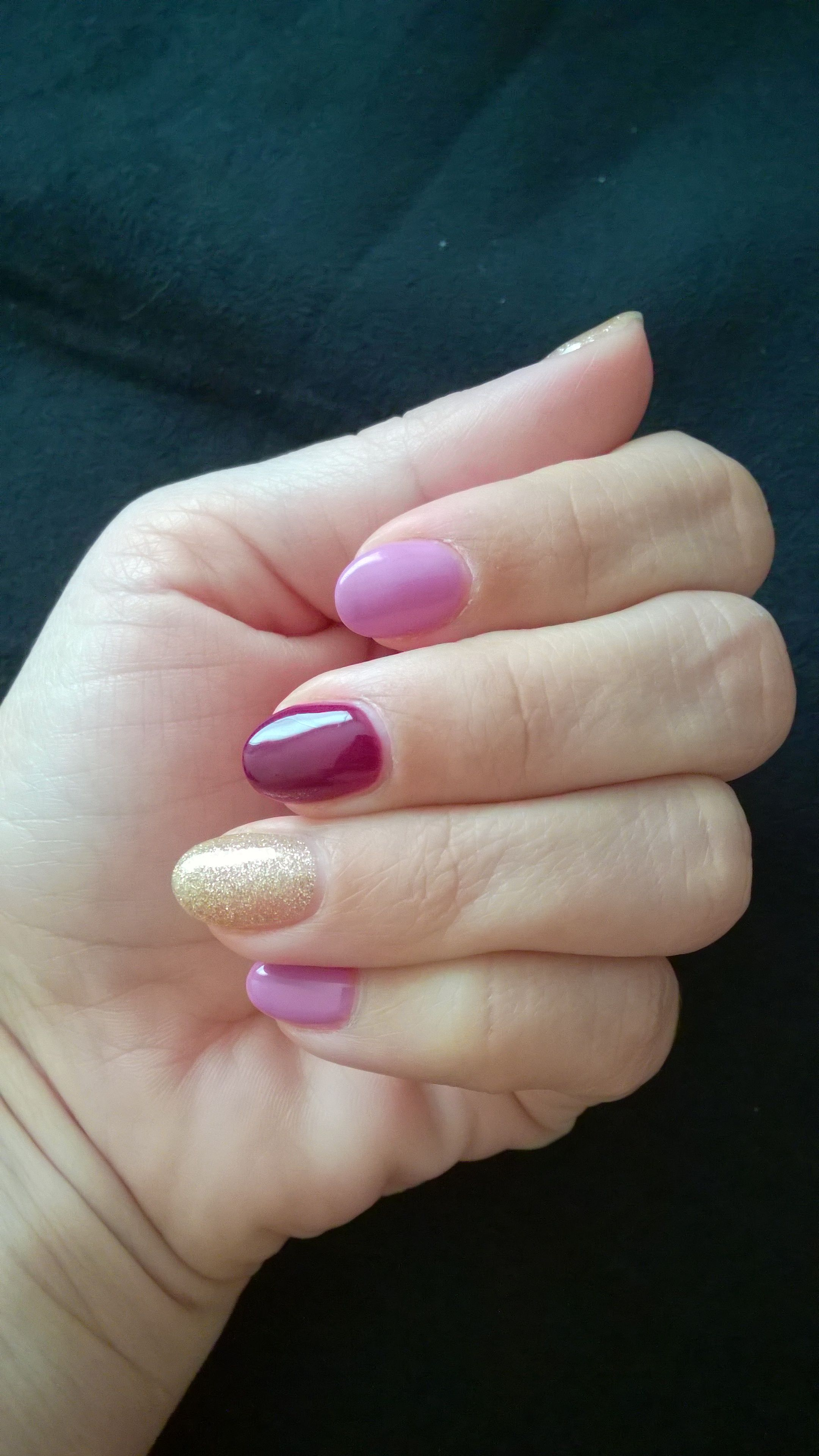 Short Almond Shaped Nails Purple And Gold Nail Color Matte Pink Nails Gold Glitter Nails Pink Nail Designs