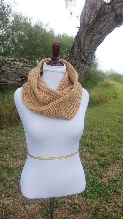 Ribbed Easy Infinity Scarf | knitting/crocheting winter ...