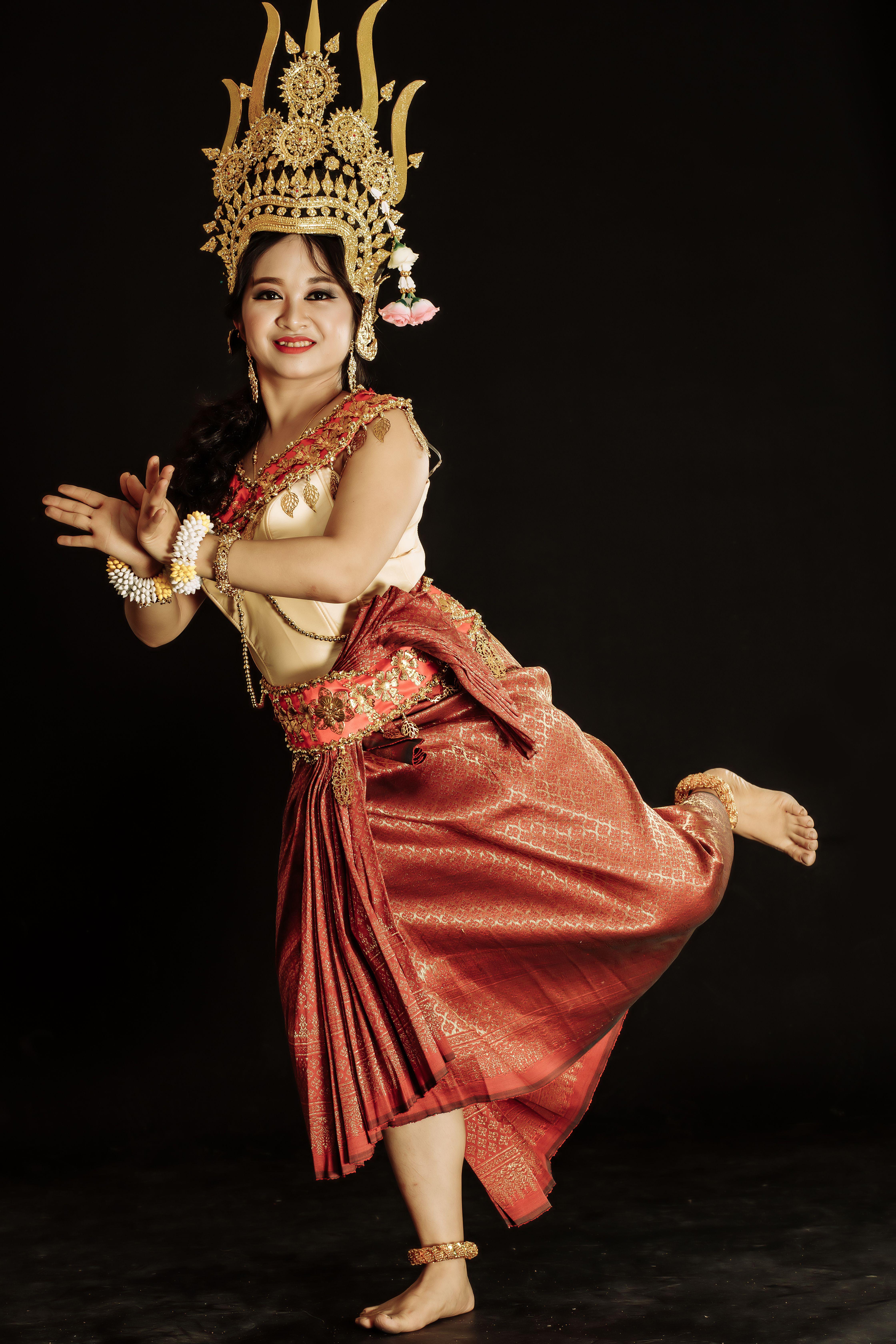Ghim của Lê Thị Mai Phương trên apsara angkor trong 2020