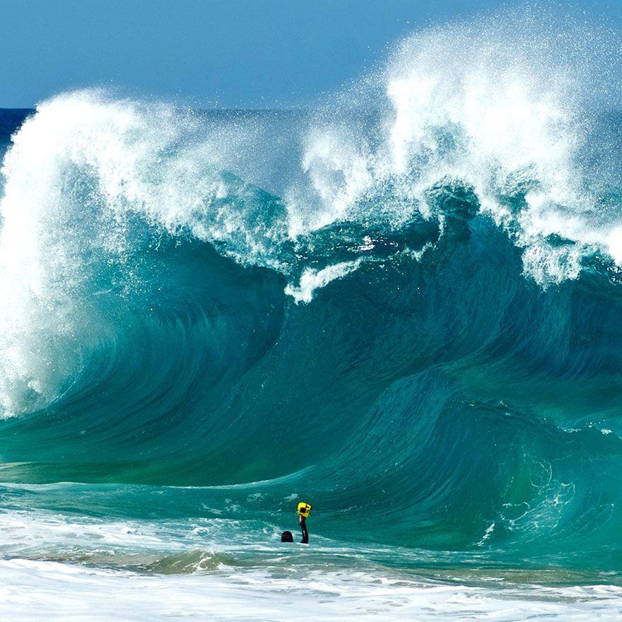 помогут фото с волной морской основана
