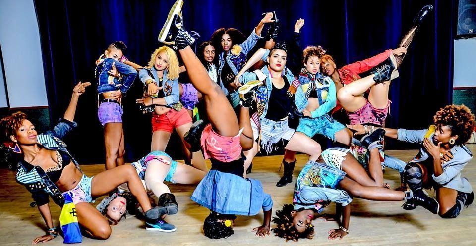 Fiyah-Dancehall-Theater-Female-Dancers.jpg (960×497)