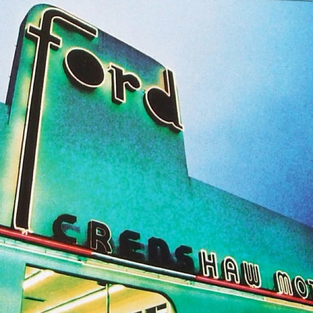 Ford Dealerships Los Angeles: Vintage Neon Signs