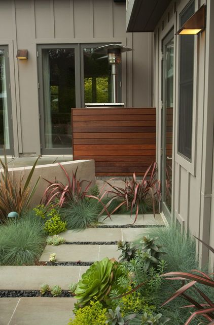 Contemporary Ranch House Remodel Front Entrance Ideas With Walkway Small Yard Green Grass: Horizontal Fence To Hid Things Like Garbage Cans, Rain Barrells, Ac Units, Pool Pumps, Etc