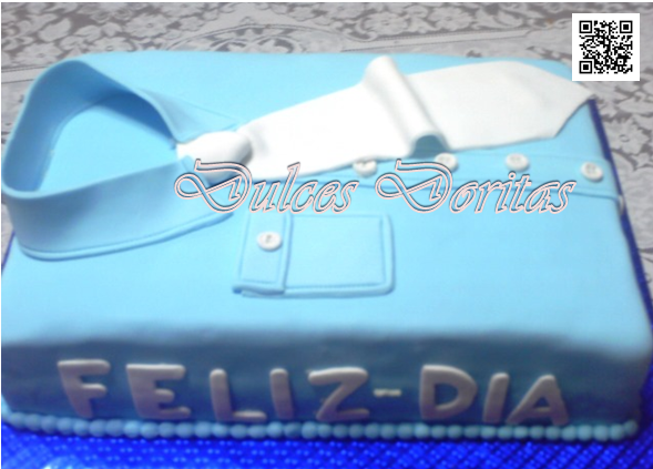 Torta Camisa , elaborada en masa elástica cuidando hasta el ultimo detalle.