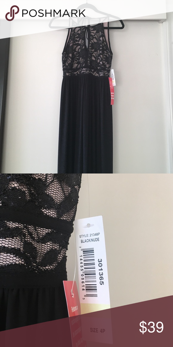 Nwt Nightway Petite Lace Keyhole Halter Gown Nwt My Posh Picks