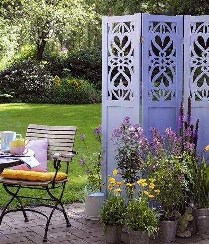 Sichtschutz - Ideen aus Stein, Geflecht, Holz und Stoff Gardens