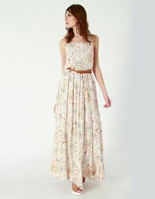 cef73060eaaf 6 maxi floral φορέματα για στιλάτες ανοιξιάτικες εμφανίσεις - JoyTV